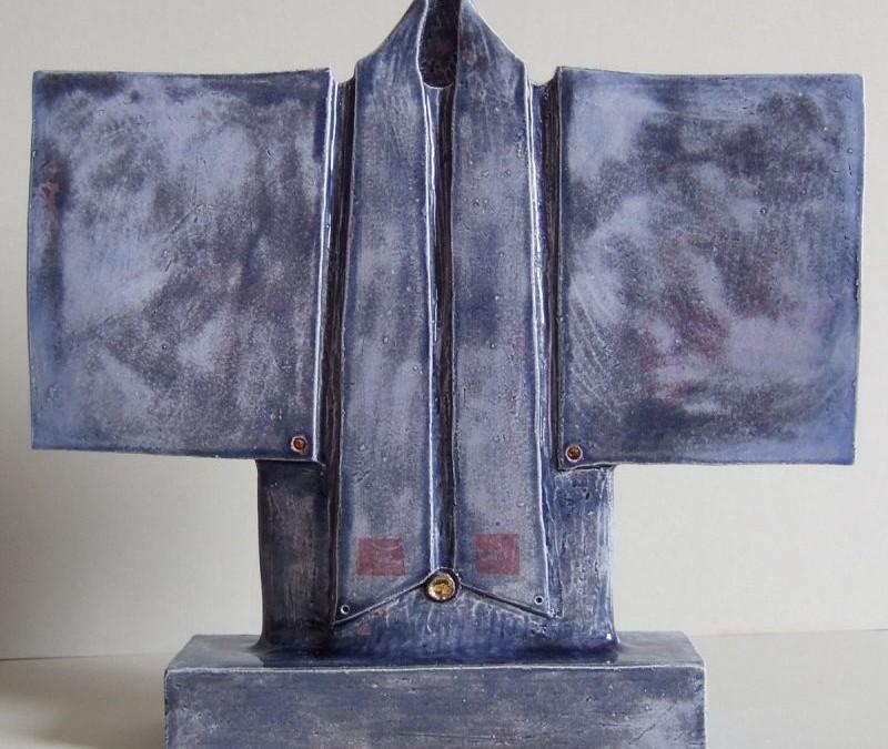 Blue kimono white stoneware